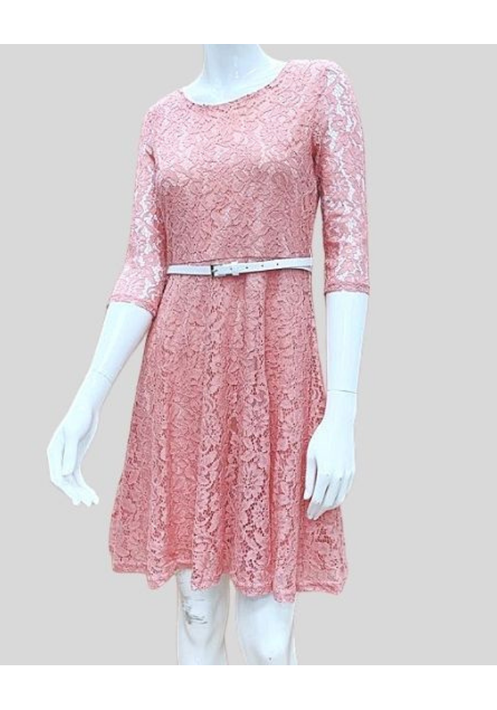 3q Lace Dress With Belt