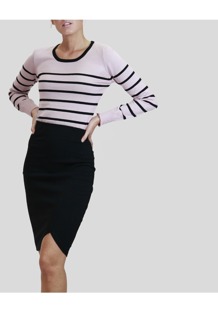STRIPE PTTRN LG KNIT TOP