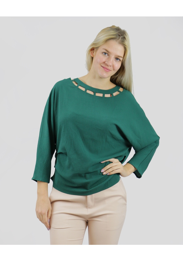 CUT NECK 3Q BLOUSE